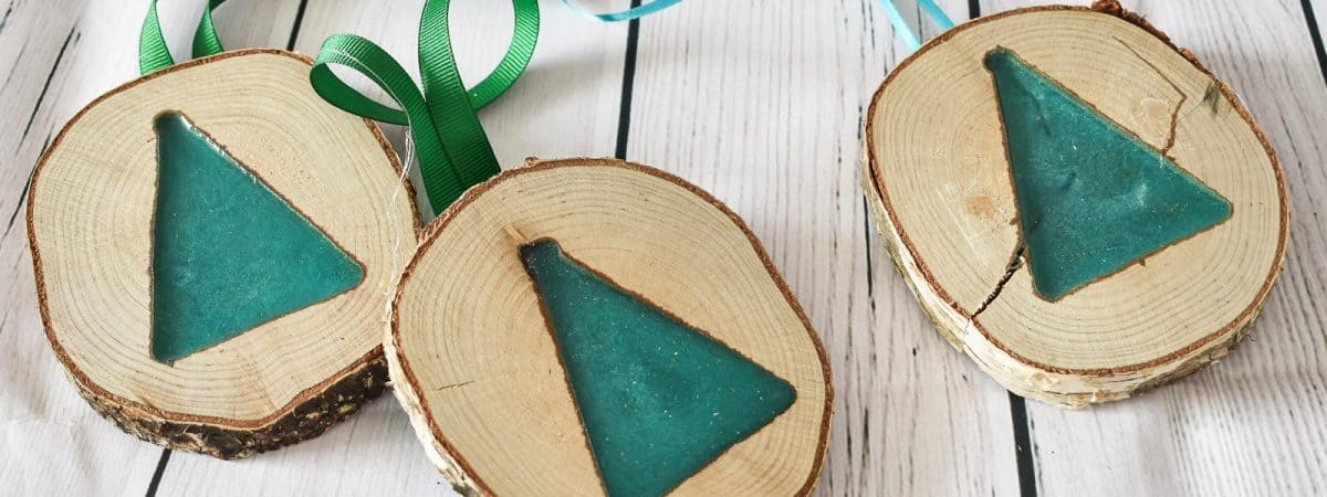 Day 12: Twelve Days of Ornaments- Resin Pour Christmas Tree Ornament