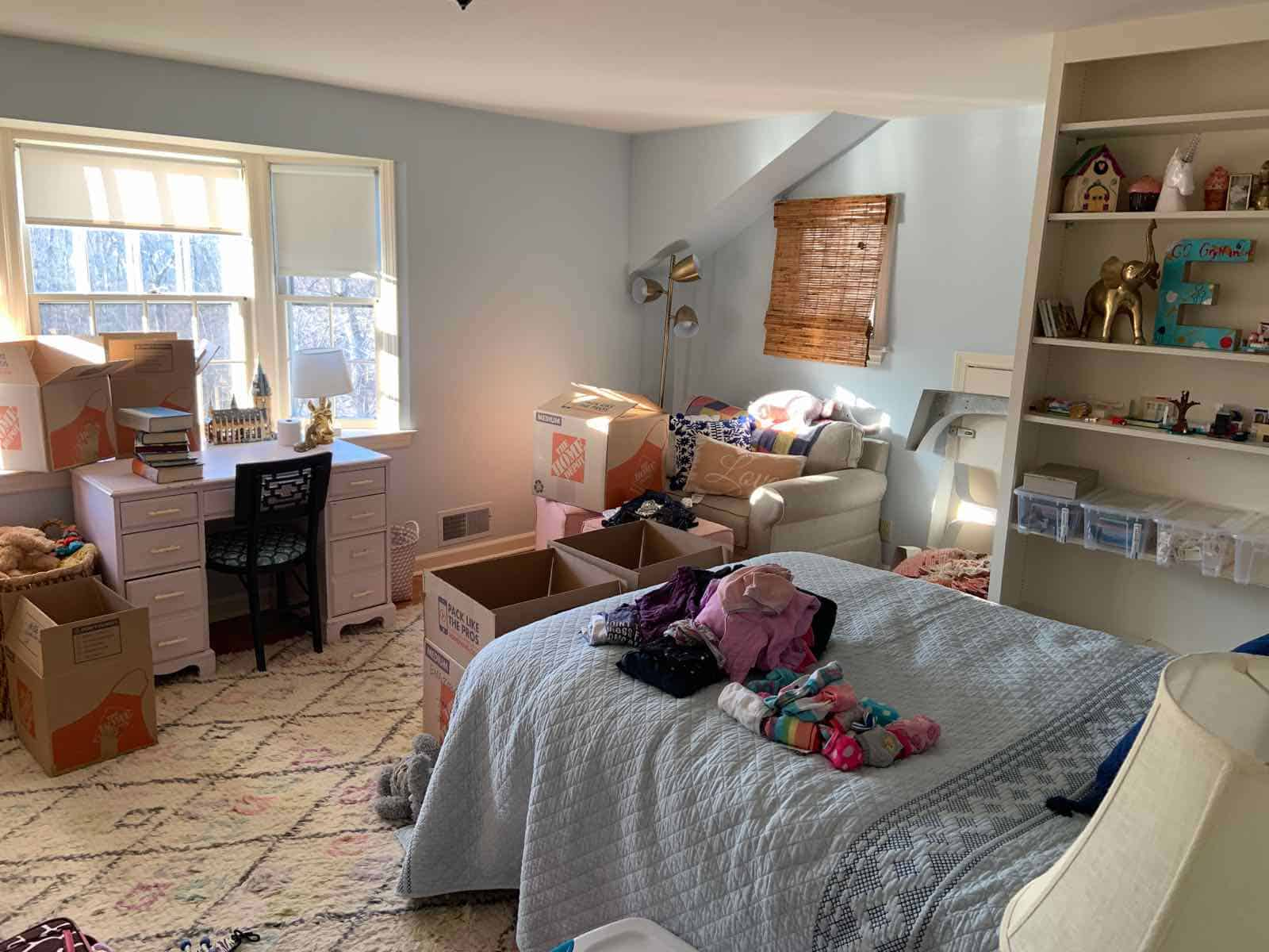 eleanors room with boxes