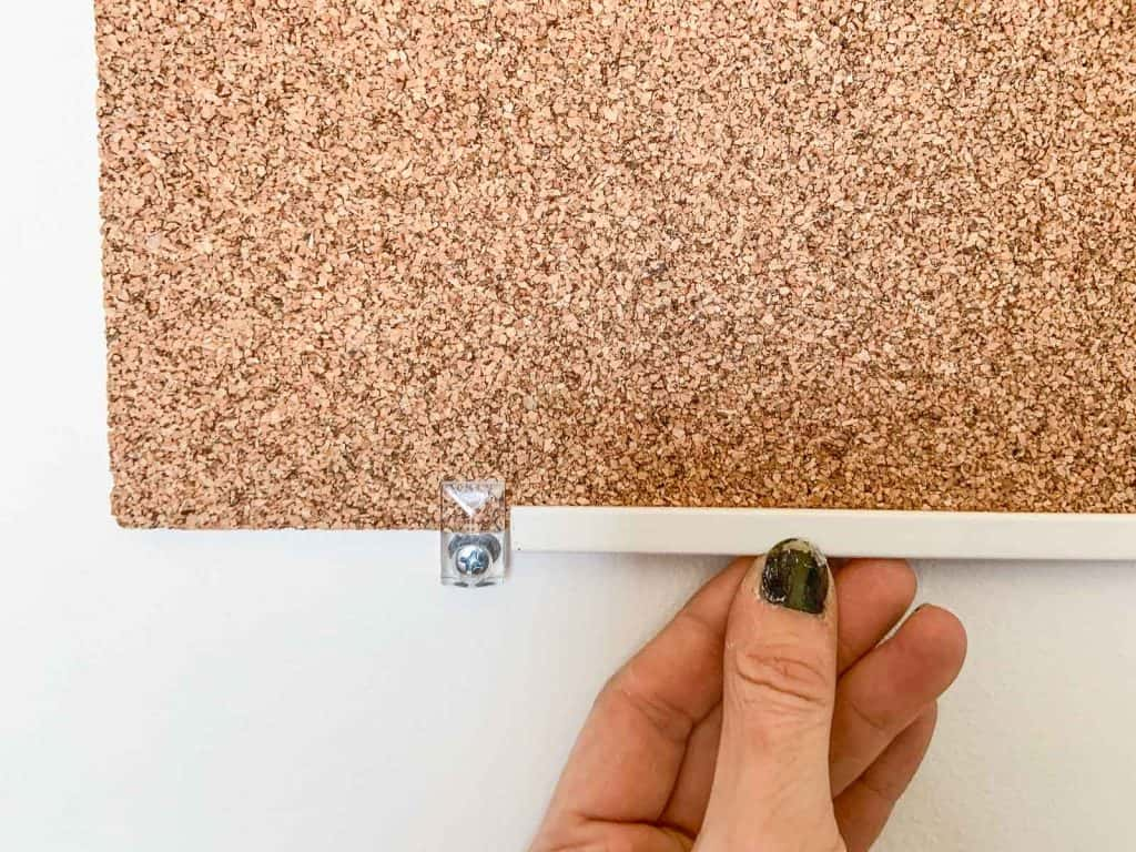 add molding to cork board