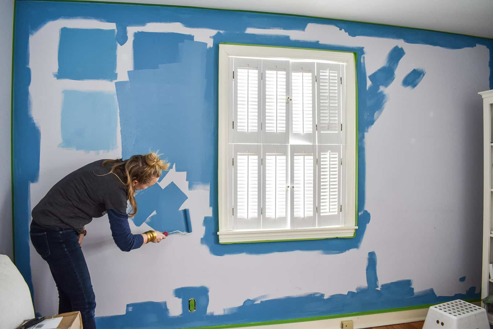 painting an office wall blue