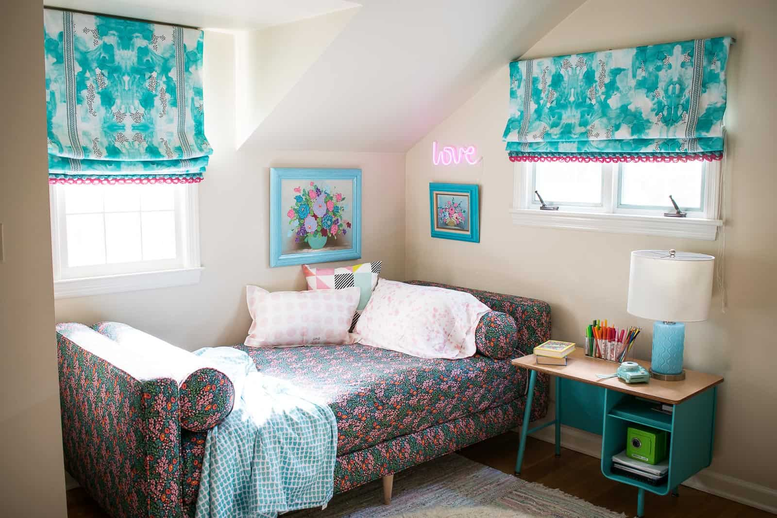 roman shades in a little girls room