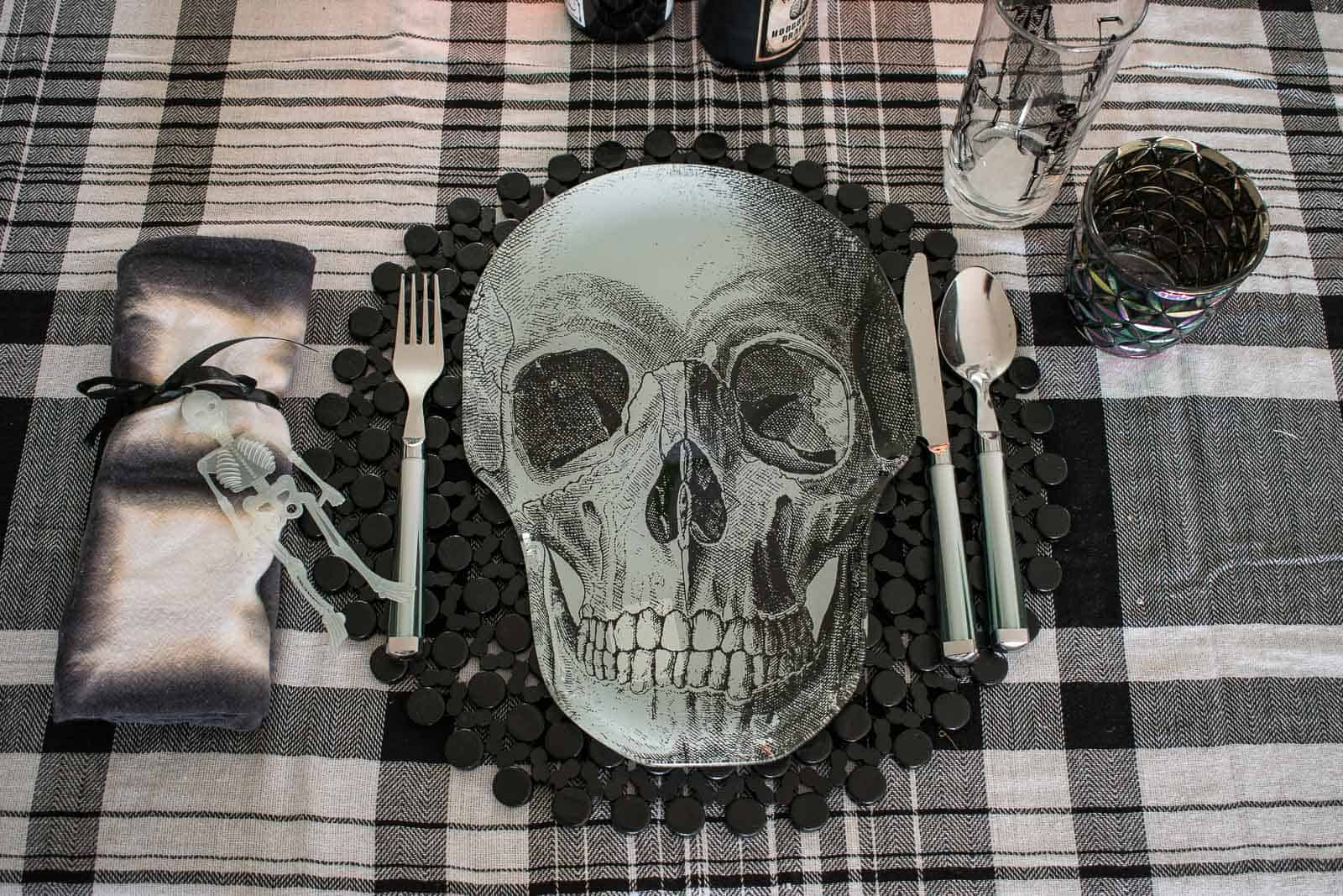 skeleton halloween plate