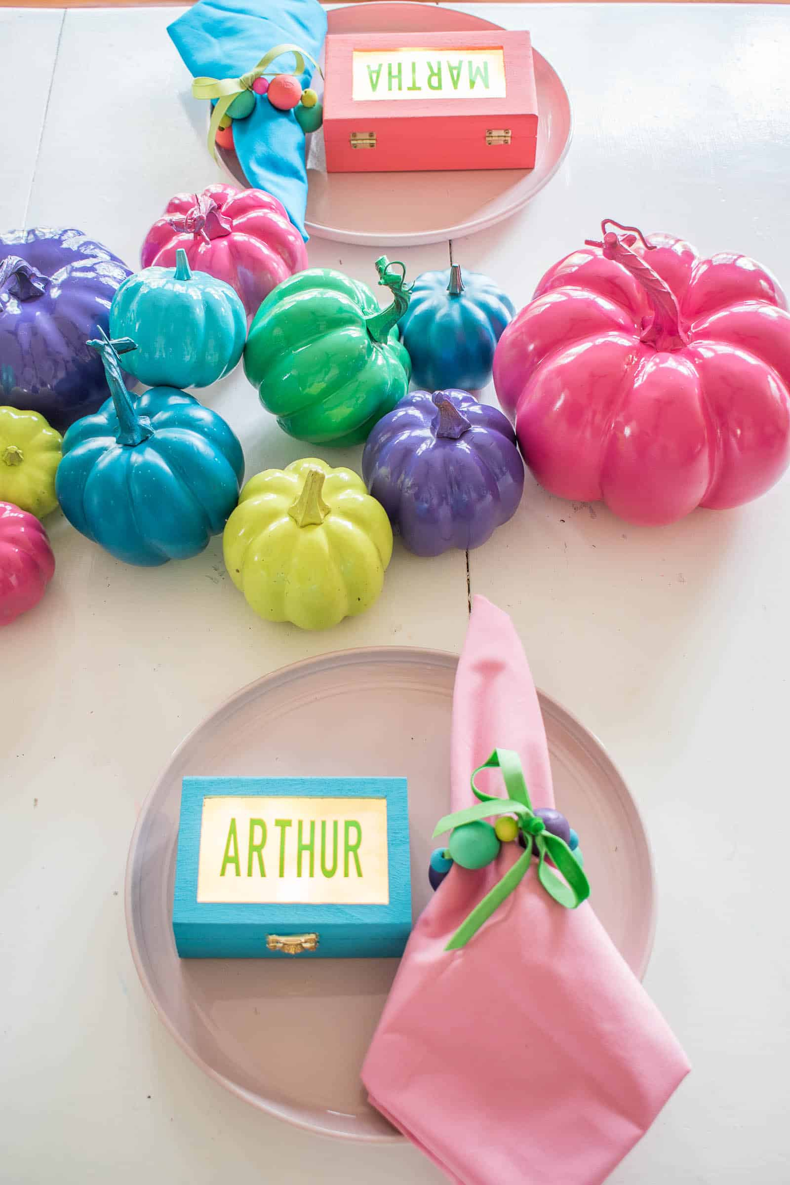 make your own colorful table decor