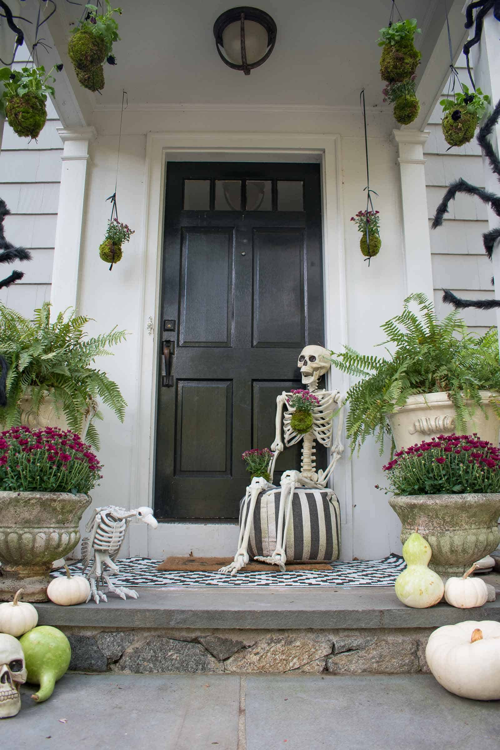 front porch halloween decorations