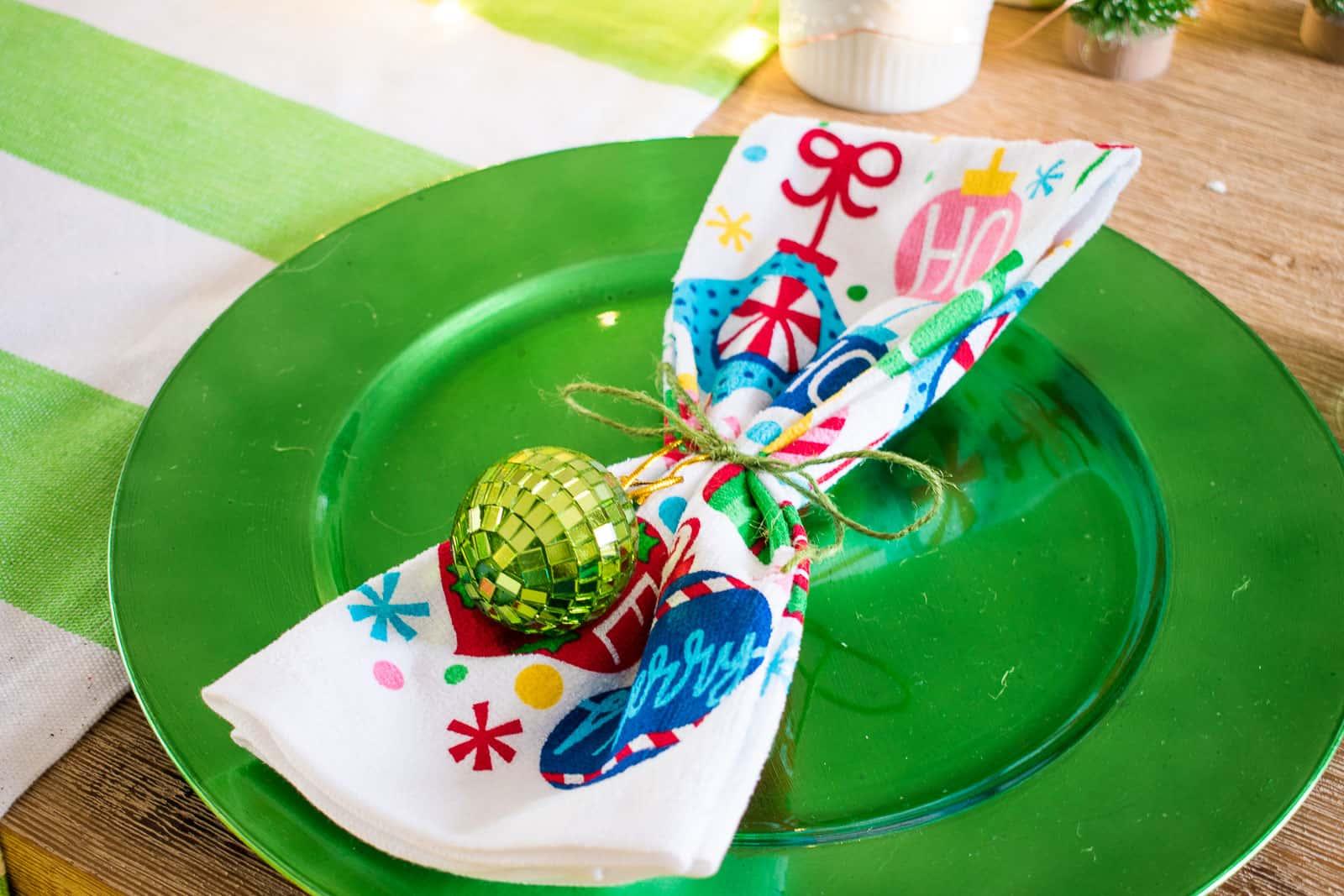 christmas charger and napkin