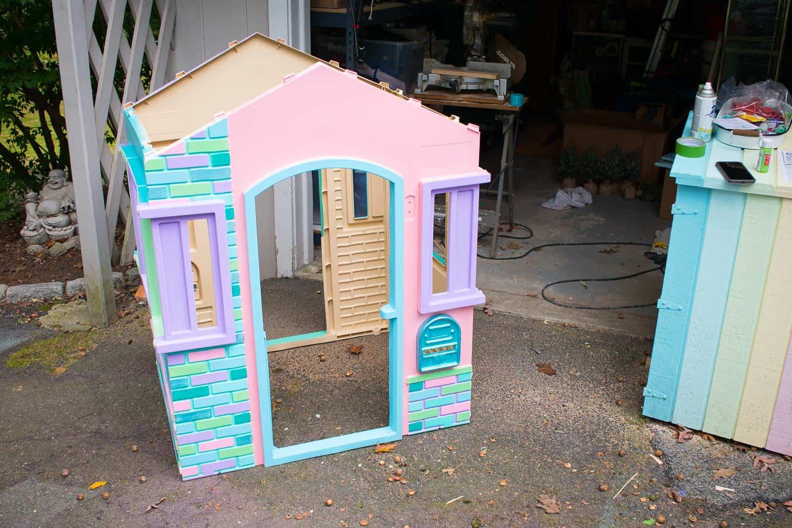 assemble the plastic house