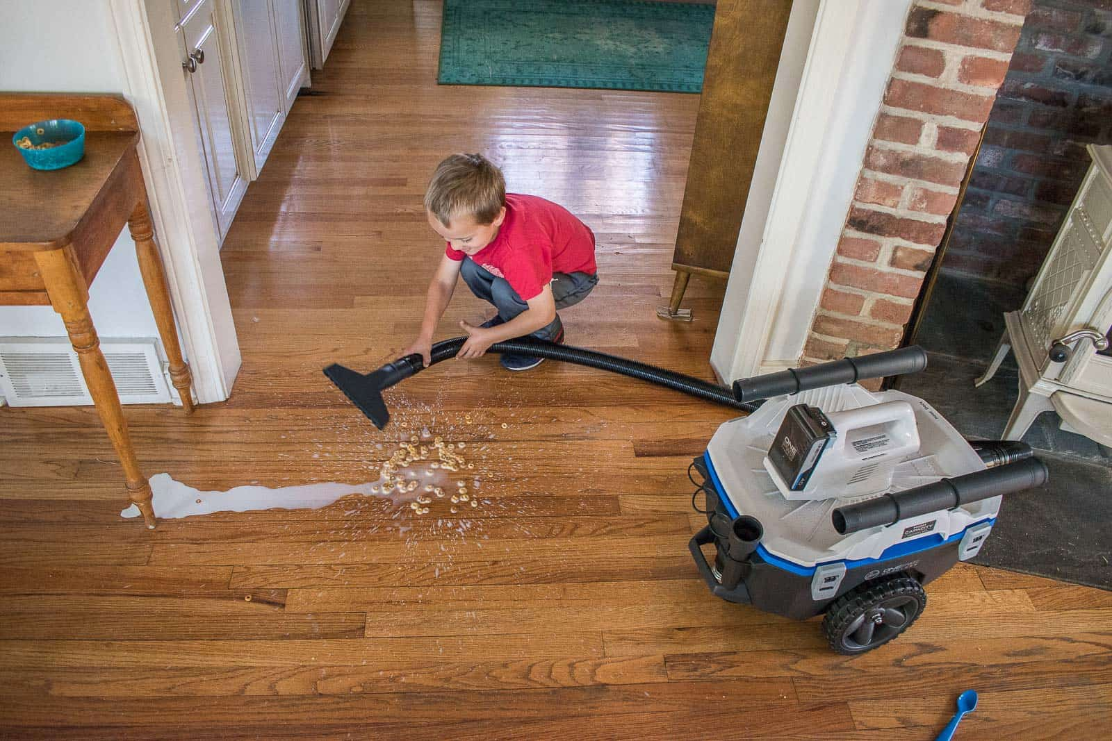 cleaning with hoover onepwr