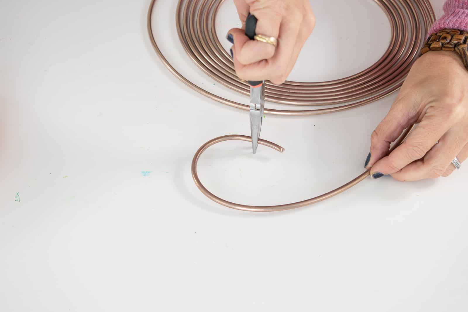 bend copper into a circle