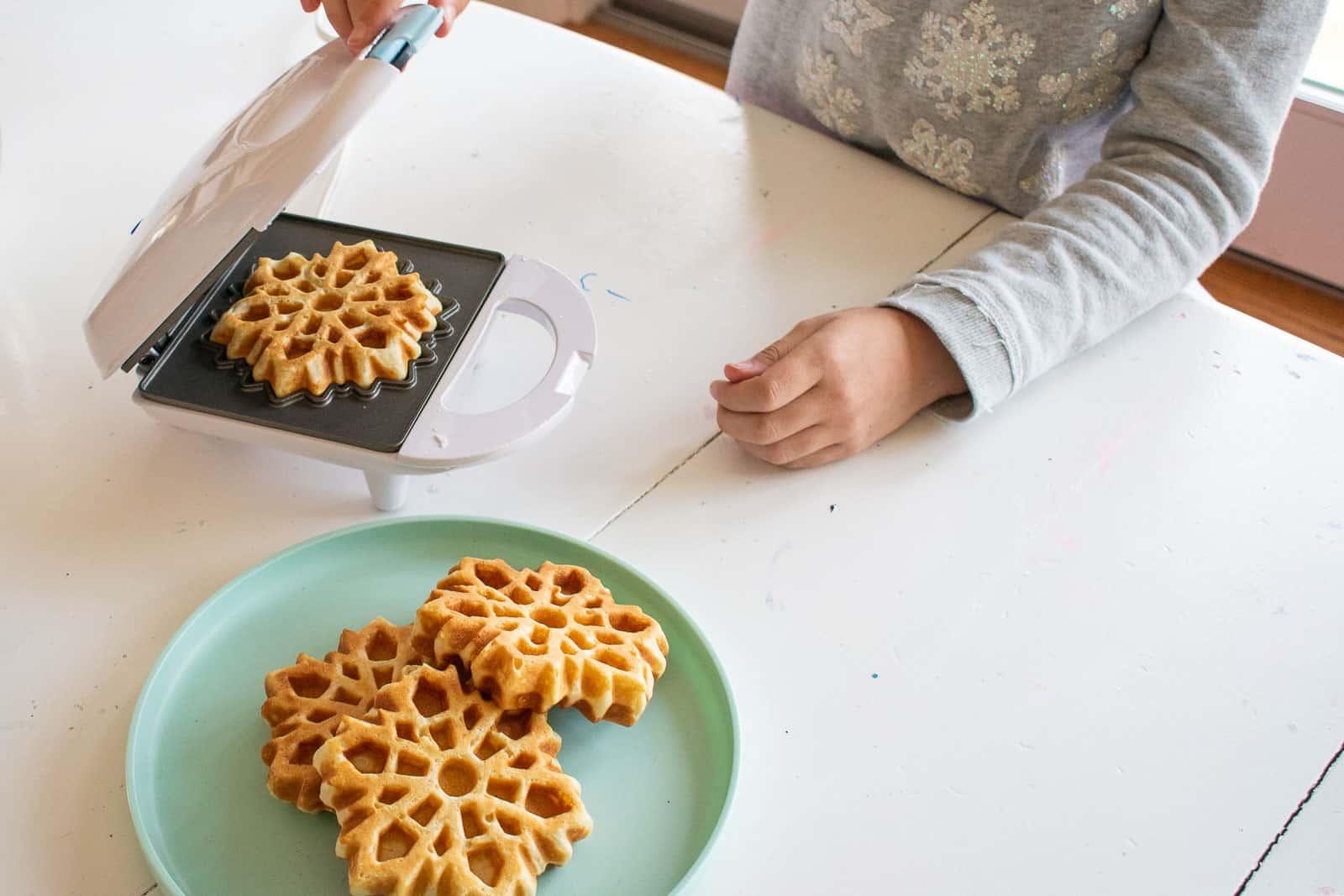 frozen 2 waffle maker