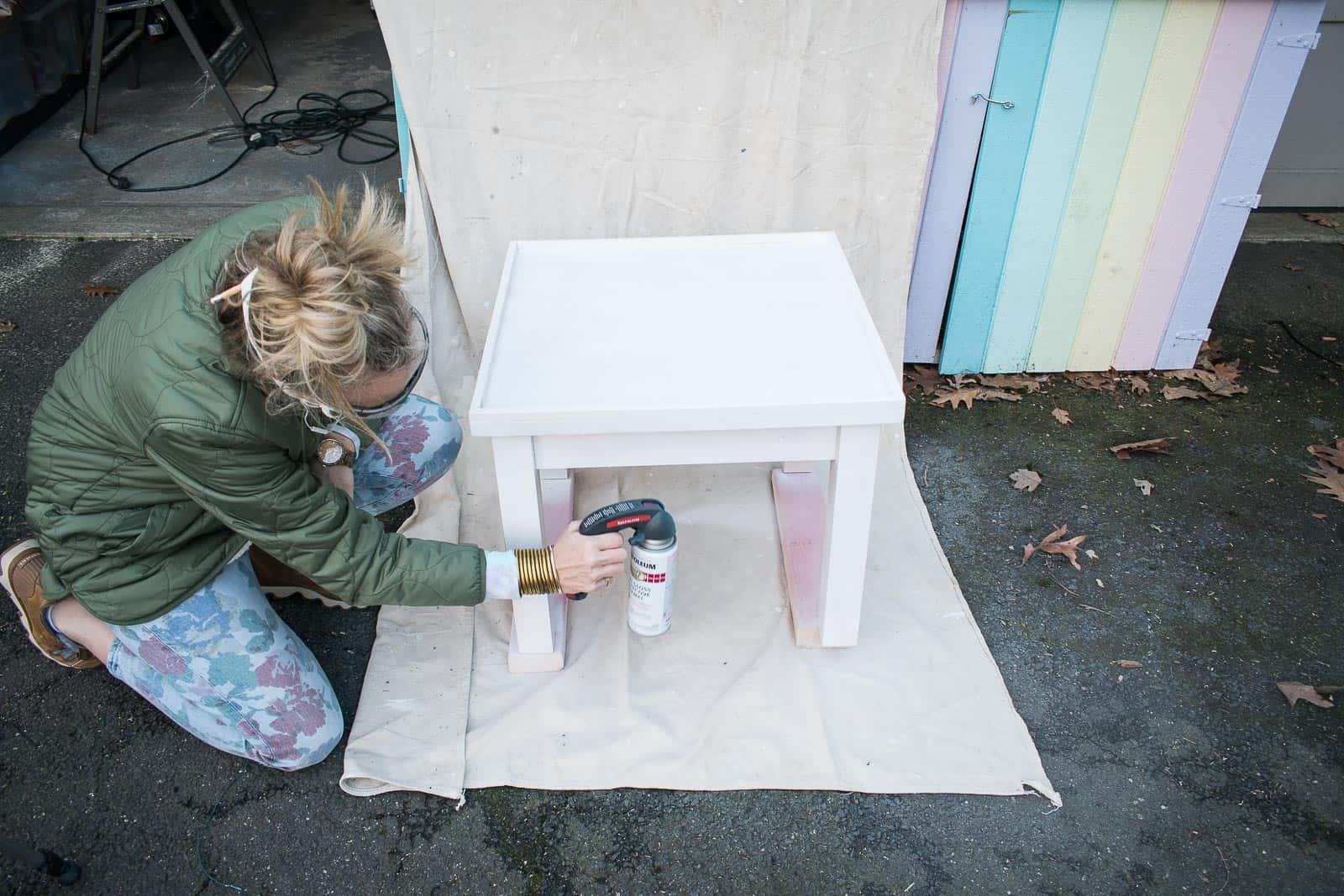 spray paint table