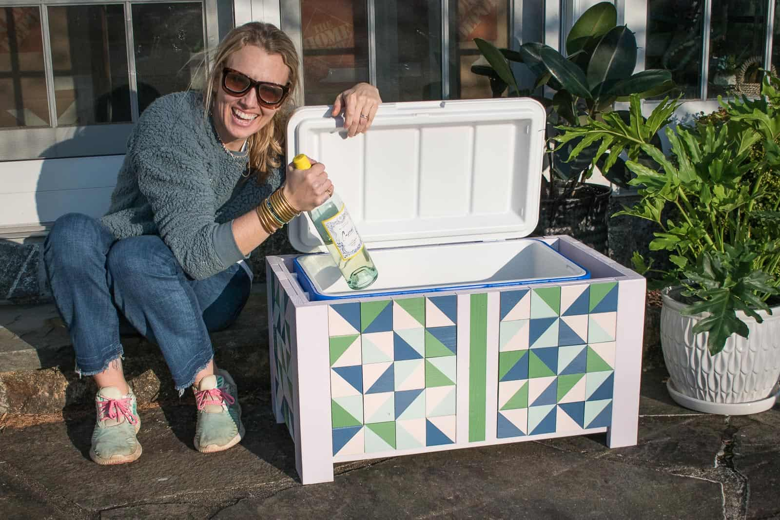 DIY colorful cooler box