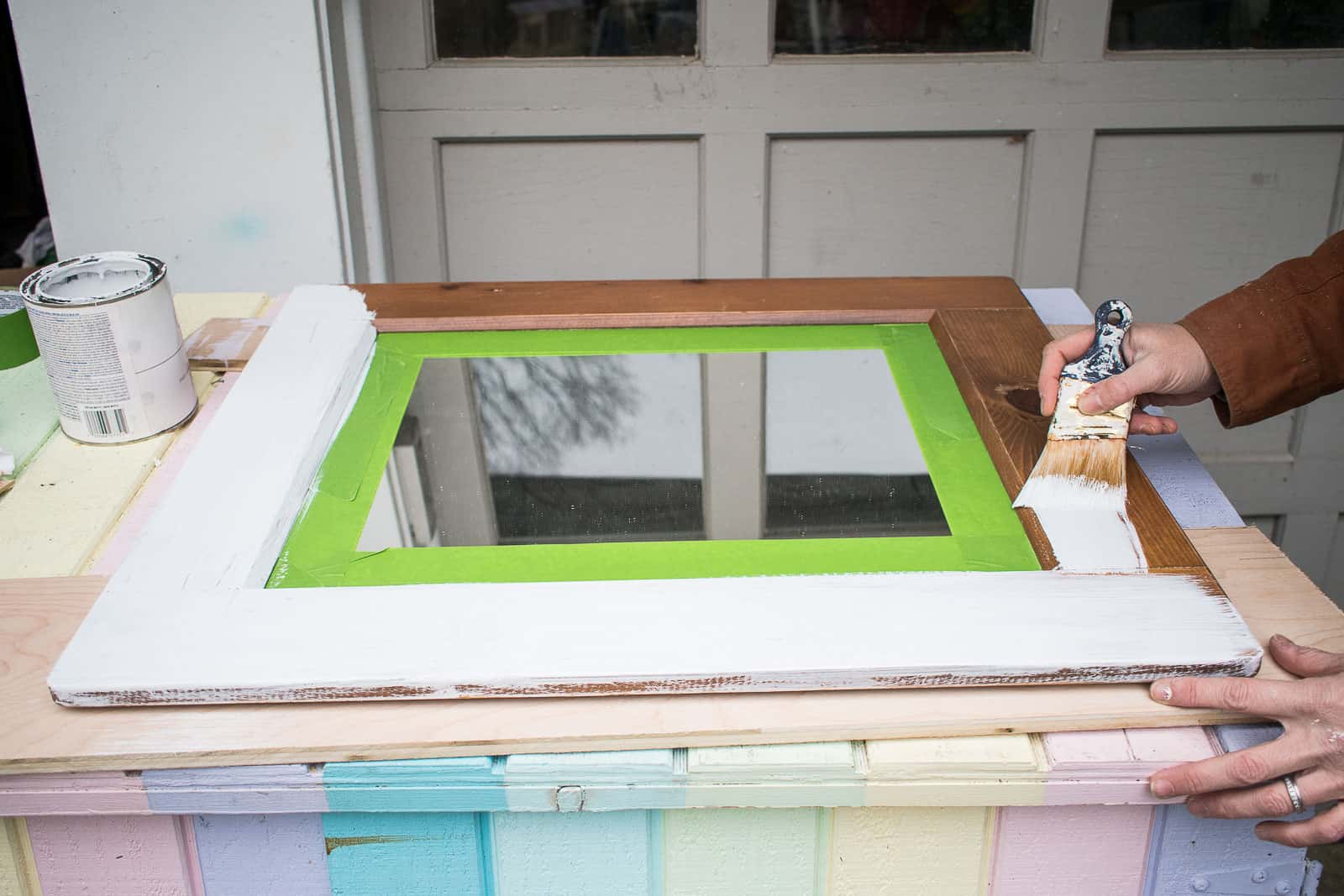 paint the mirror frame