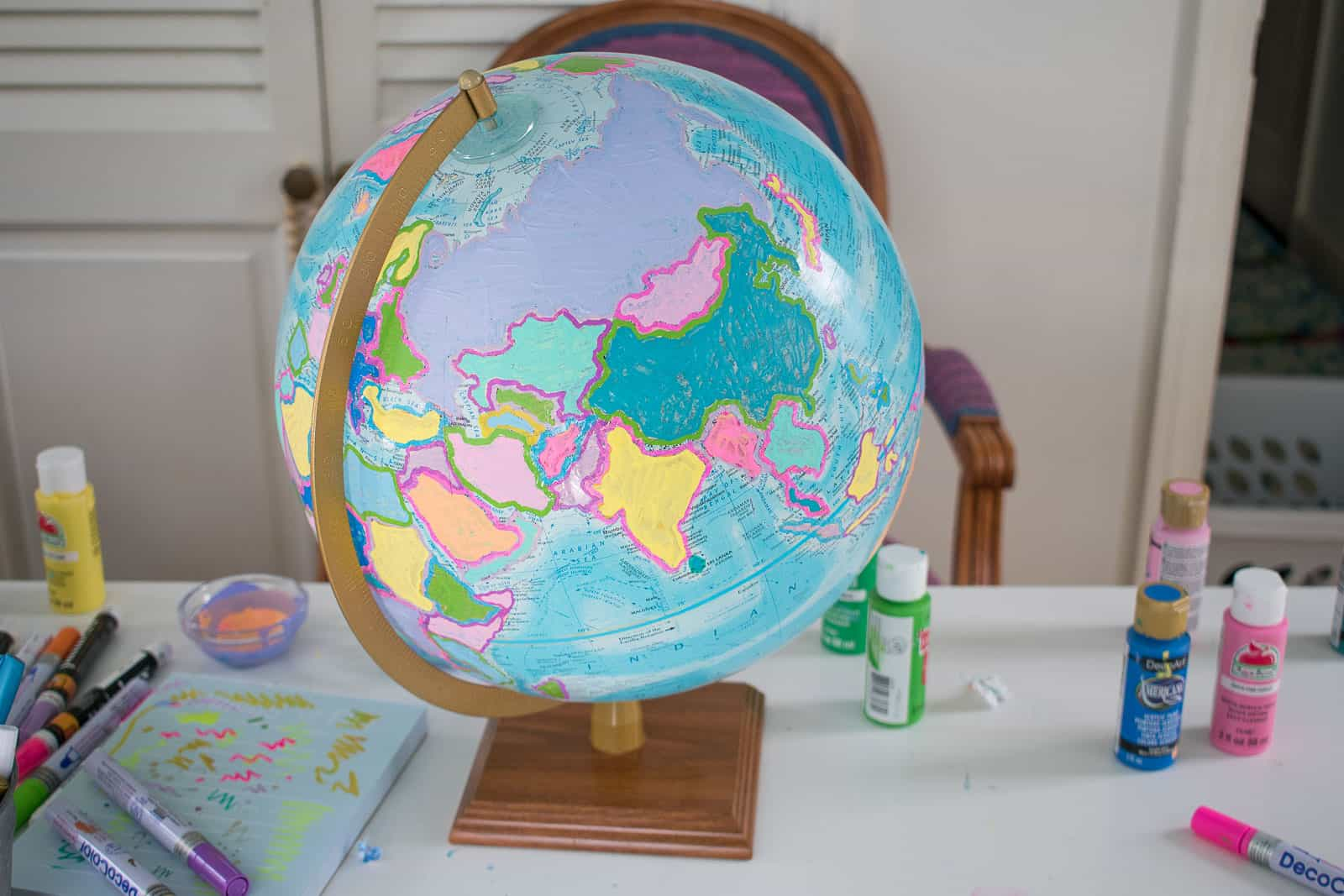 fill in all the shapes on the globe