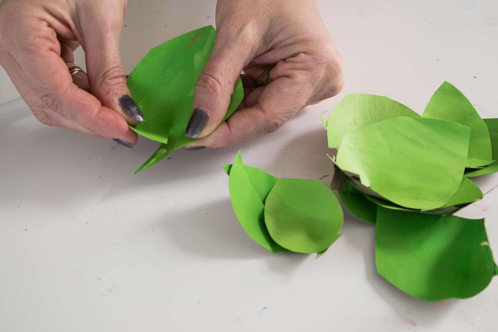 shape the paper petals