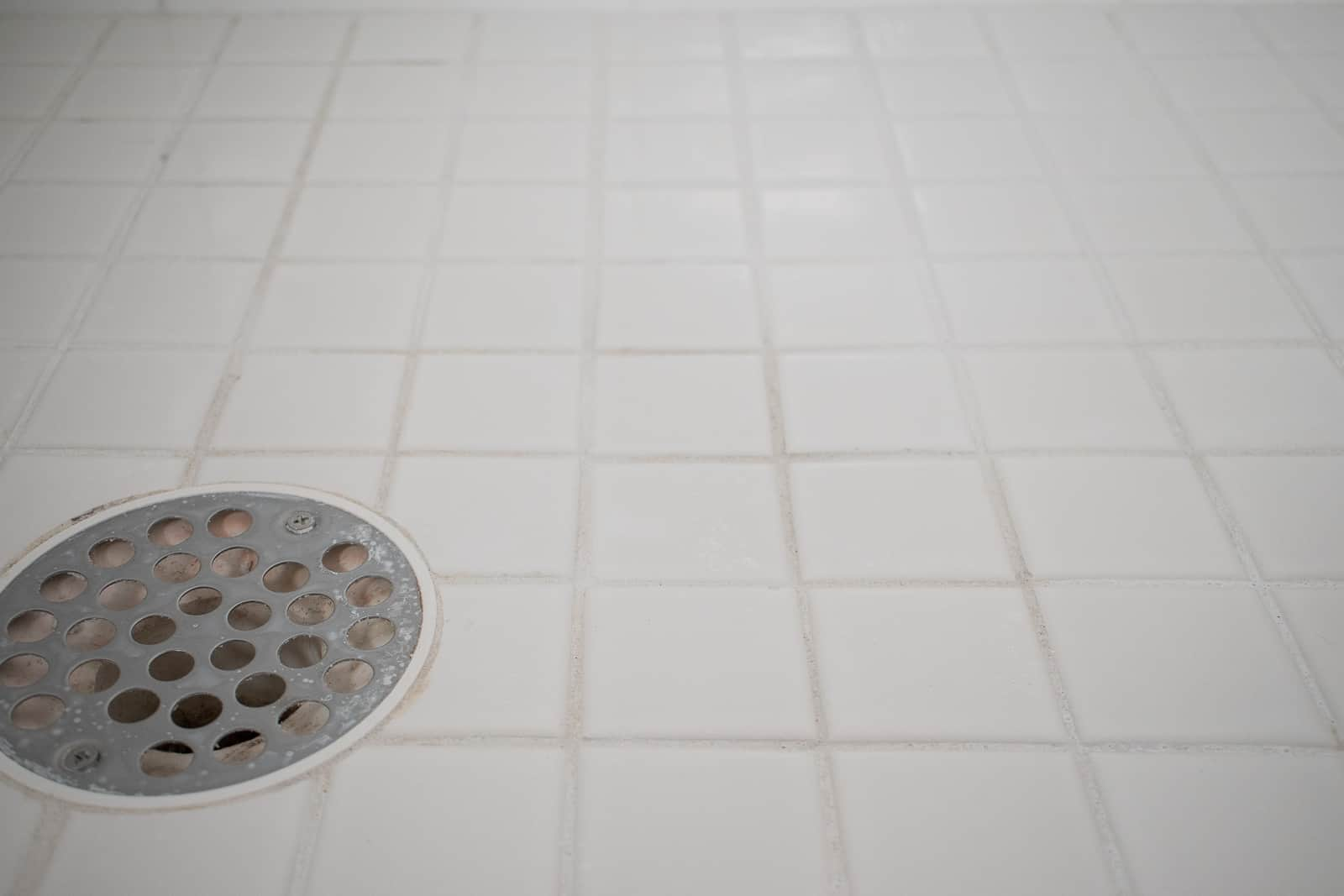 How To Fix Cracked Grout At Charlotte S House