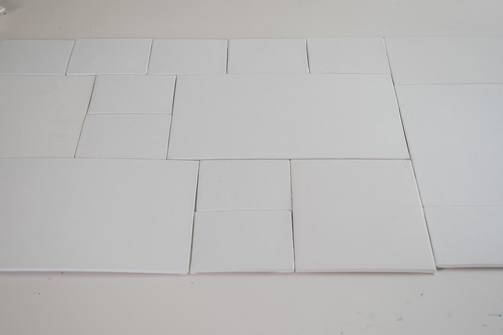 arrange the canvas boards
