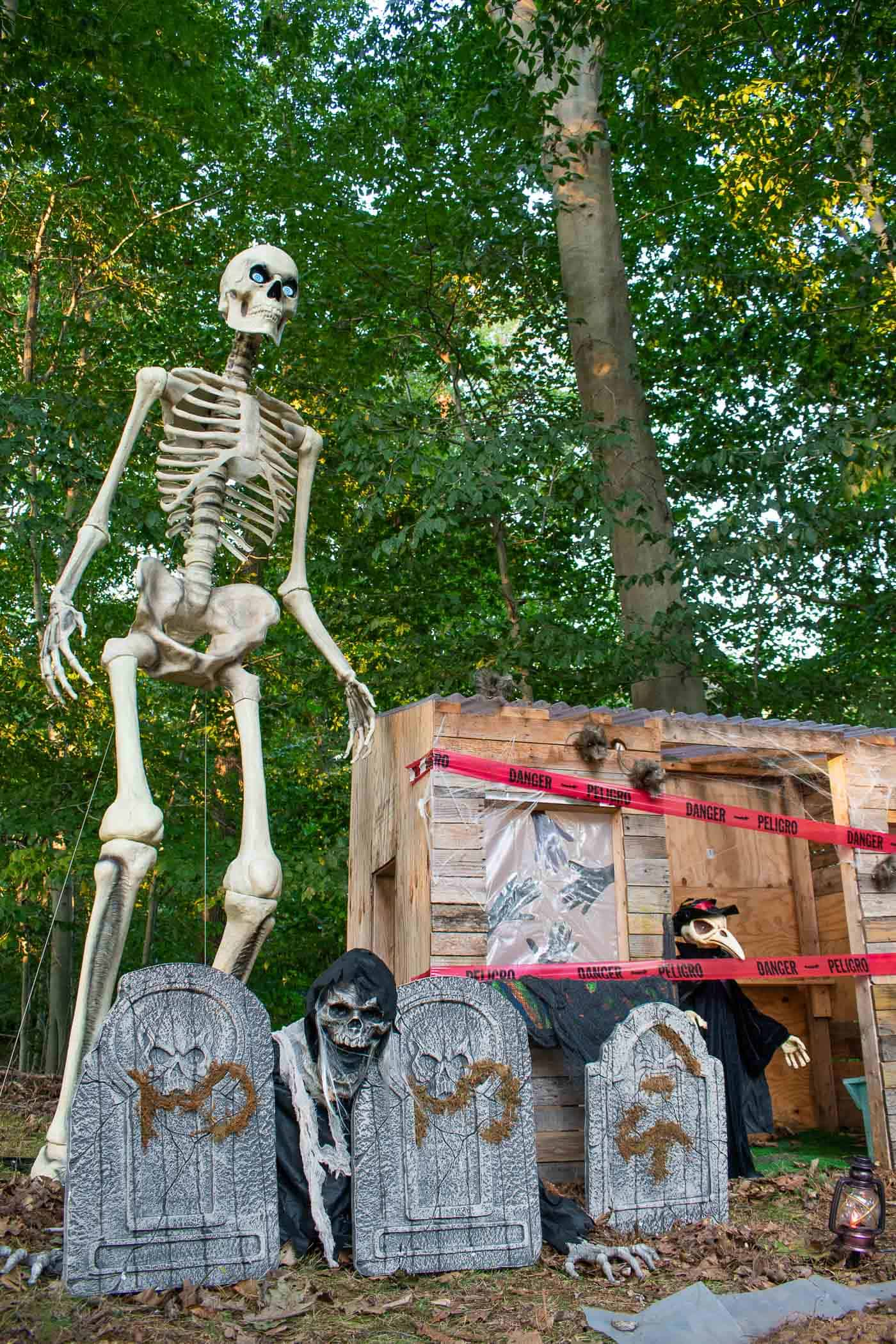 12 foot halloween skeleton