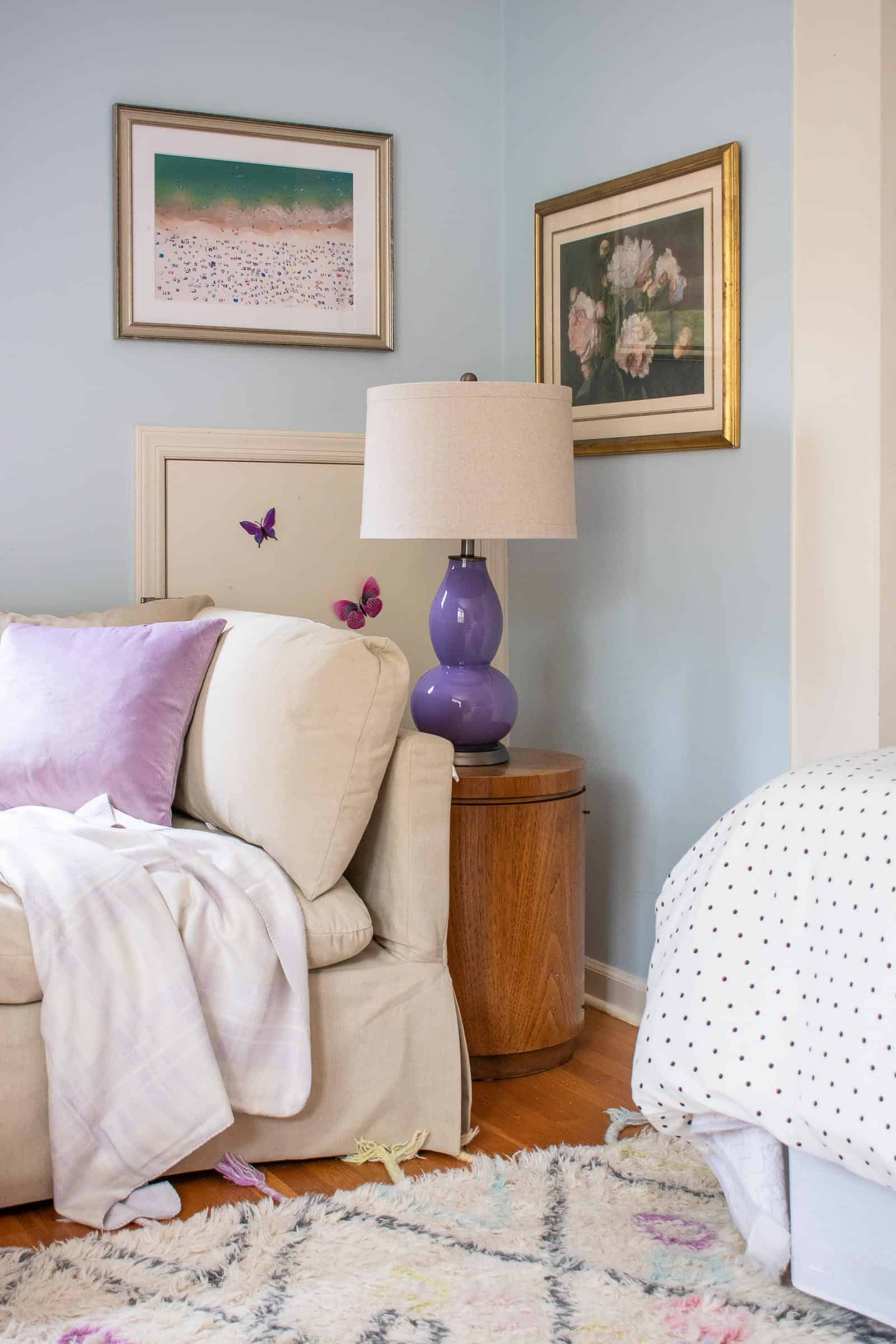 purple lamp in the corner