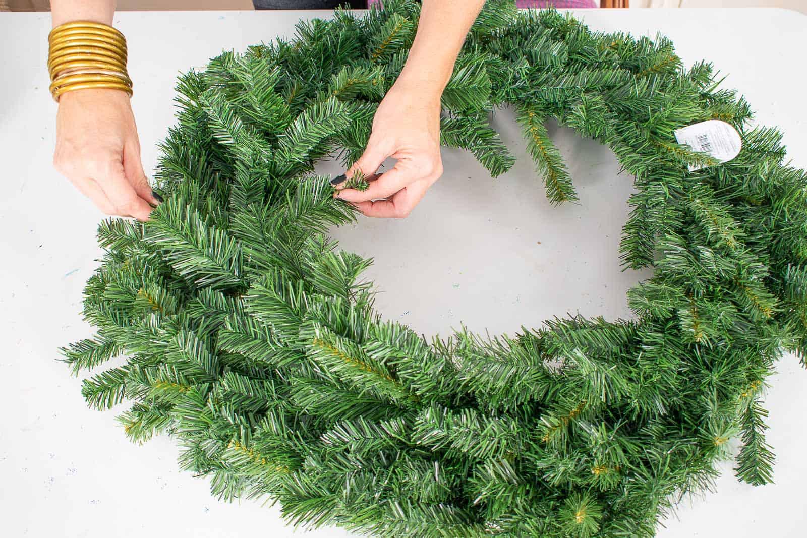 fluff the wreath