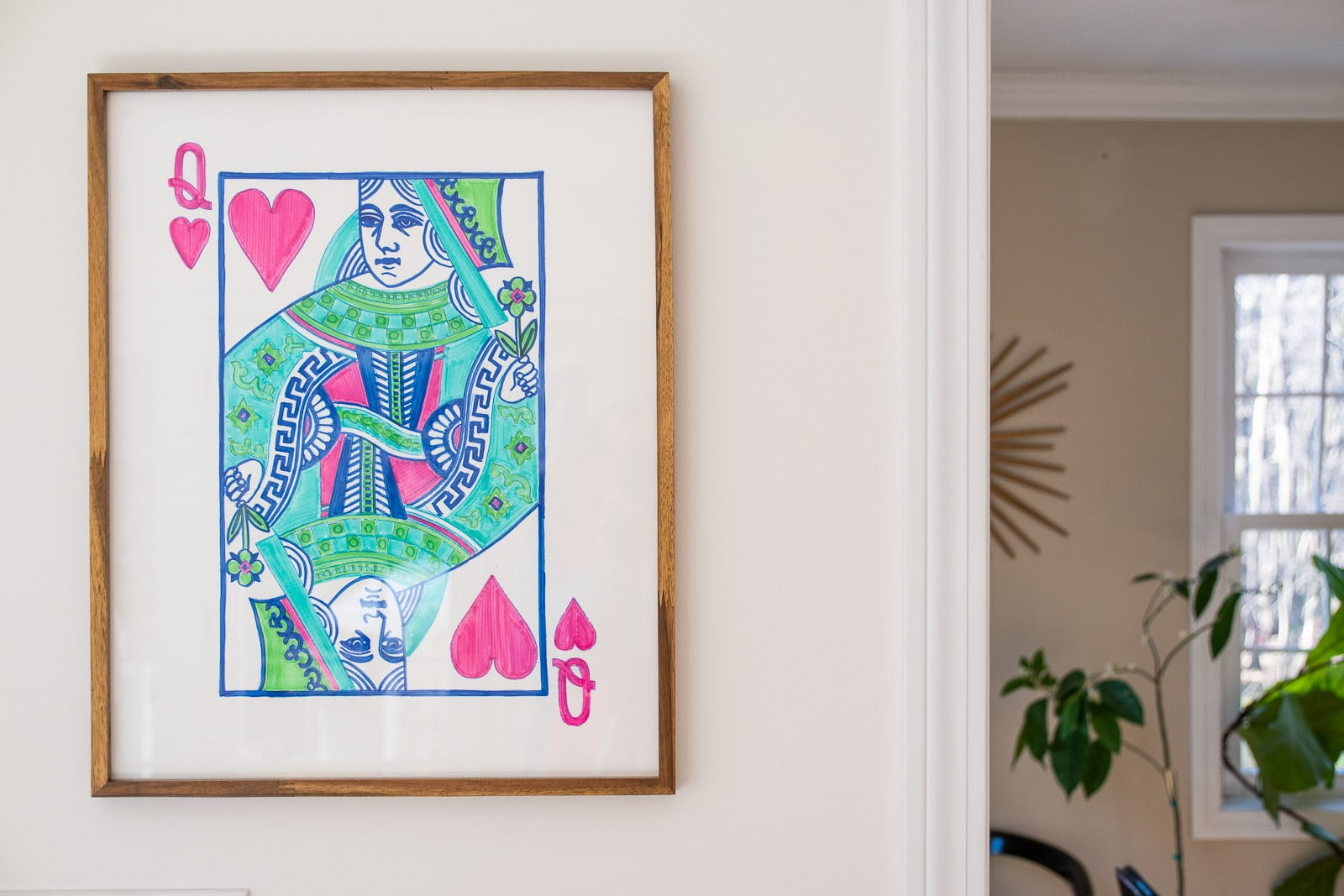 oversized queen of hearts art