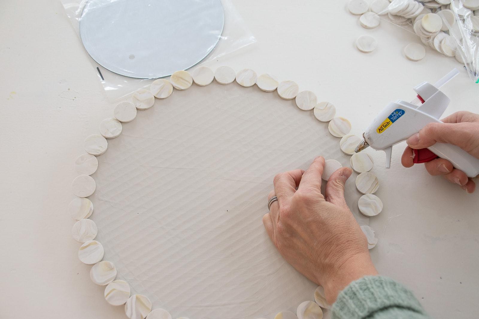 glue circles onto the edge