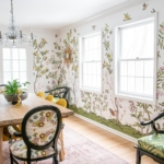 chinoiserie wallpaper in the dining room