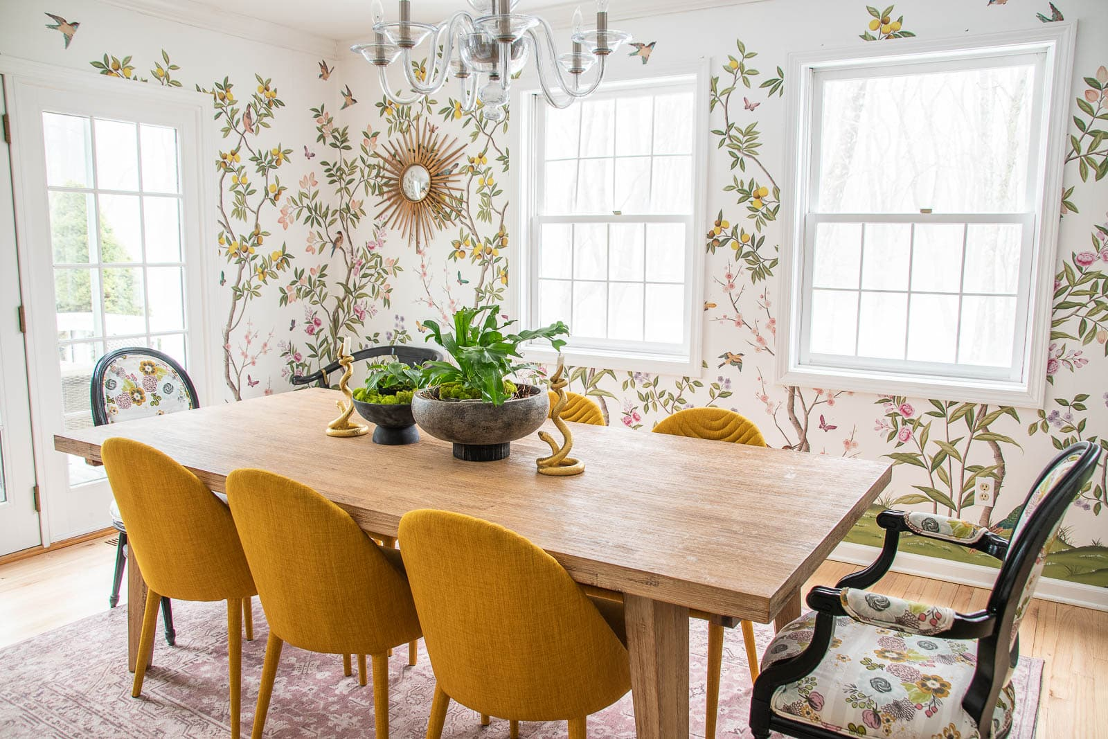 chinoiserie wallpaper in our dining room