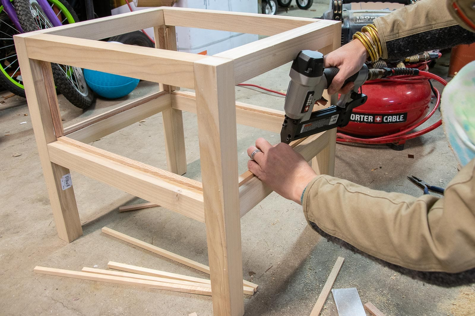 adding trim as support for bottom and sides of table