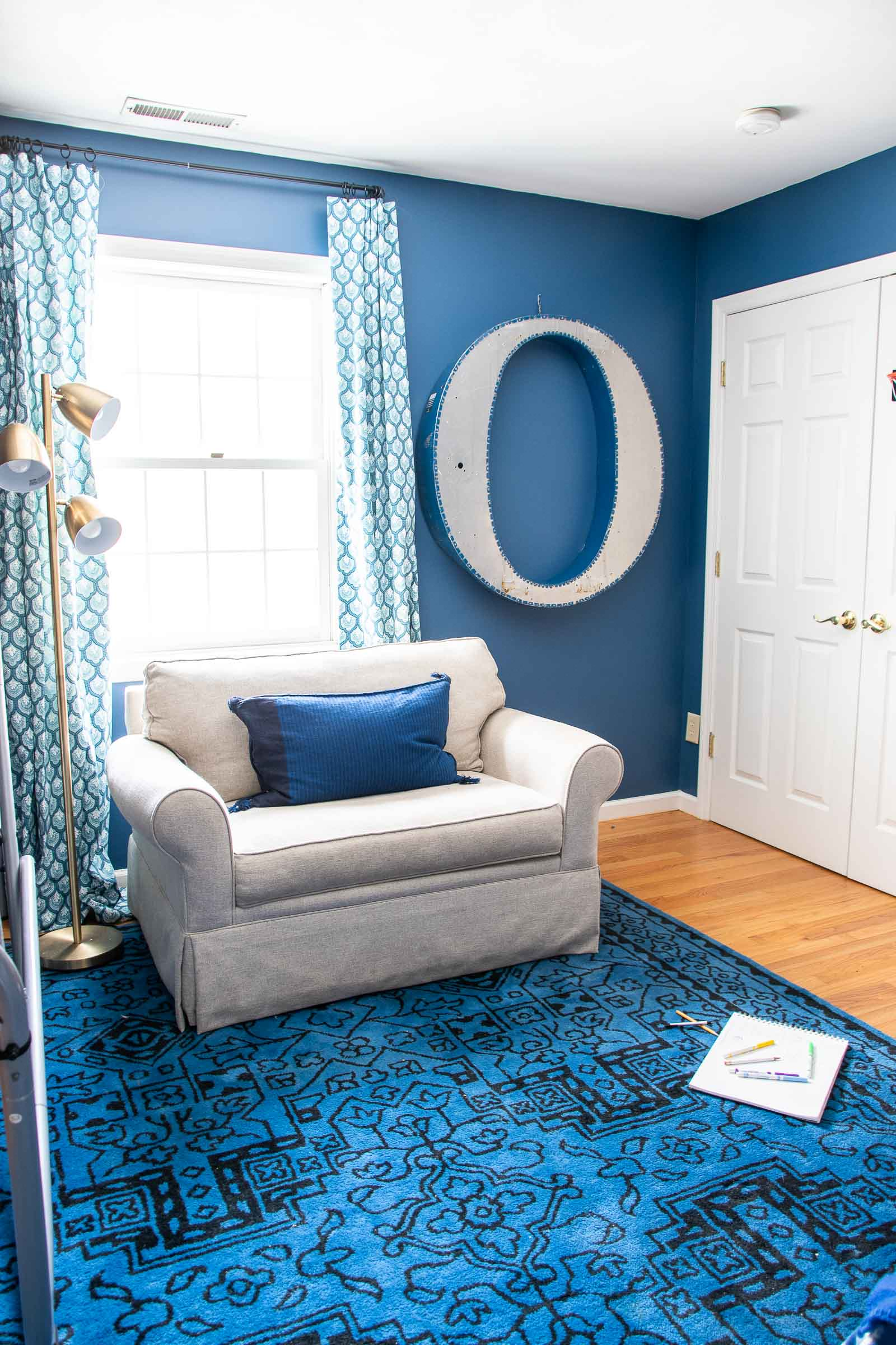 painted navy blue boys room