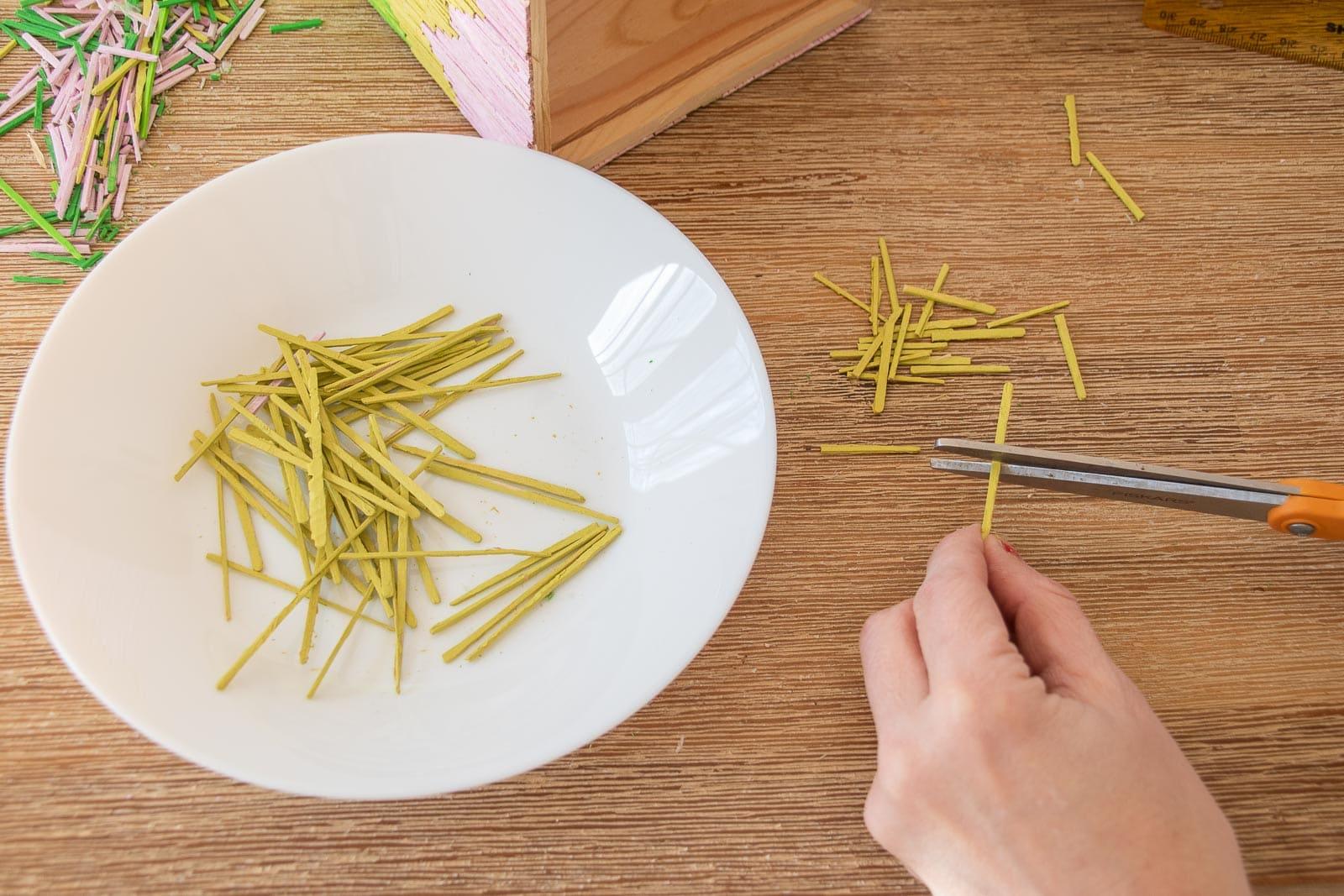 cut the toothpicks