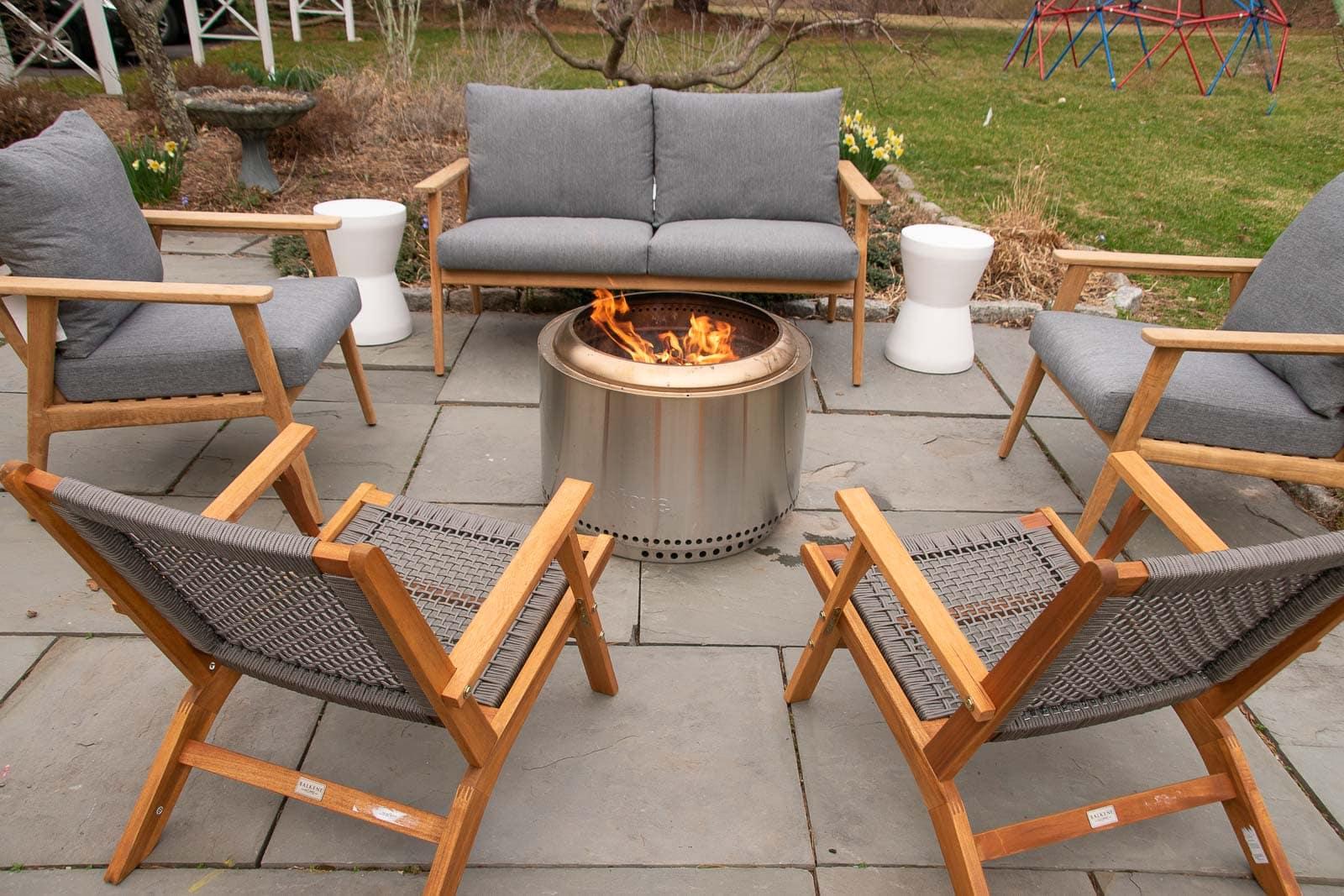 patio firepit area