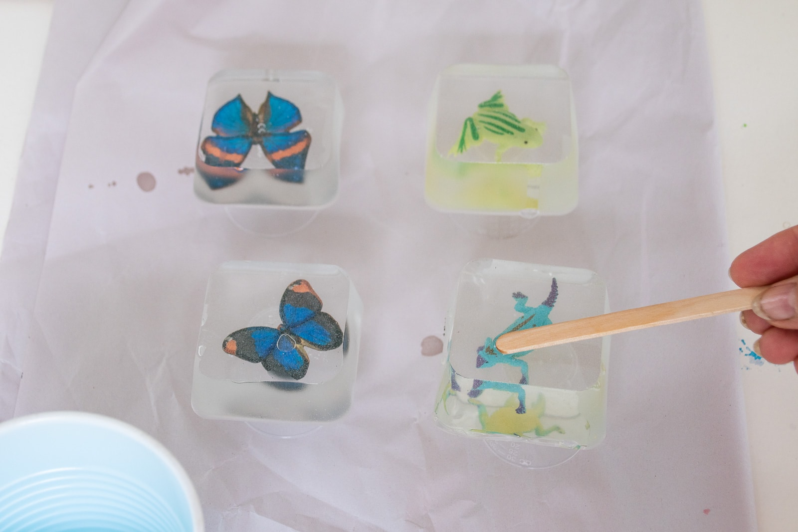 removing resin molds