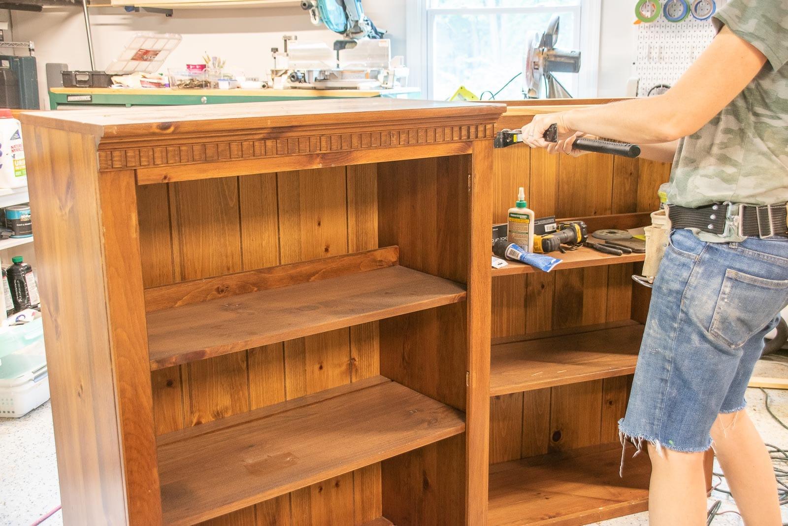remove trim from bookshelves