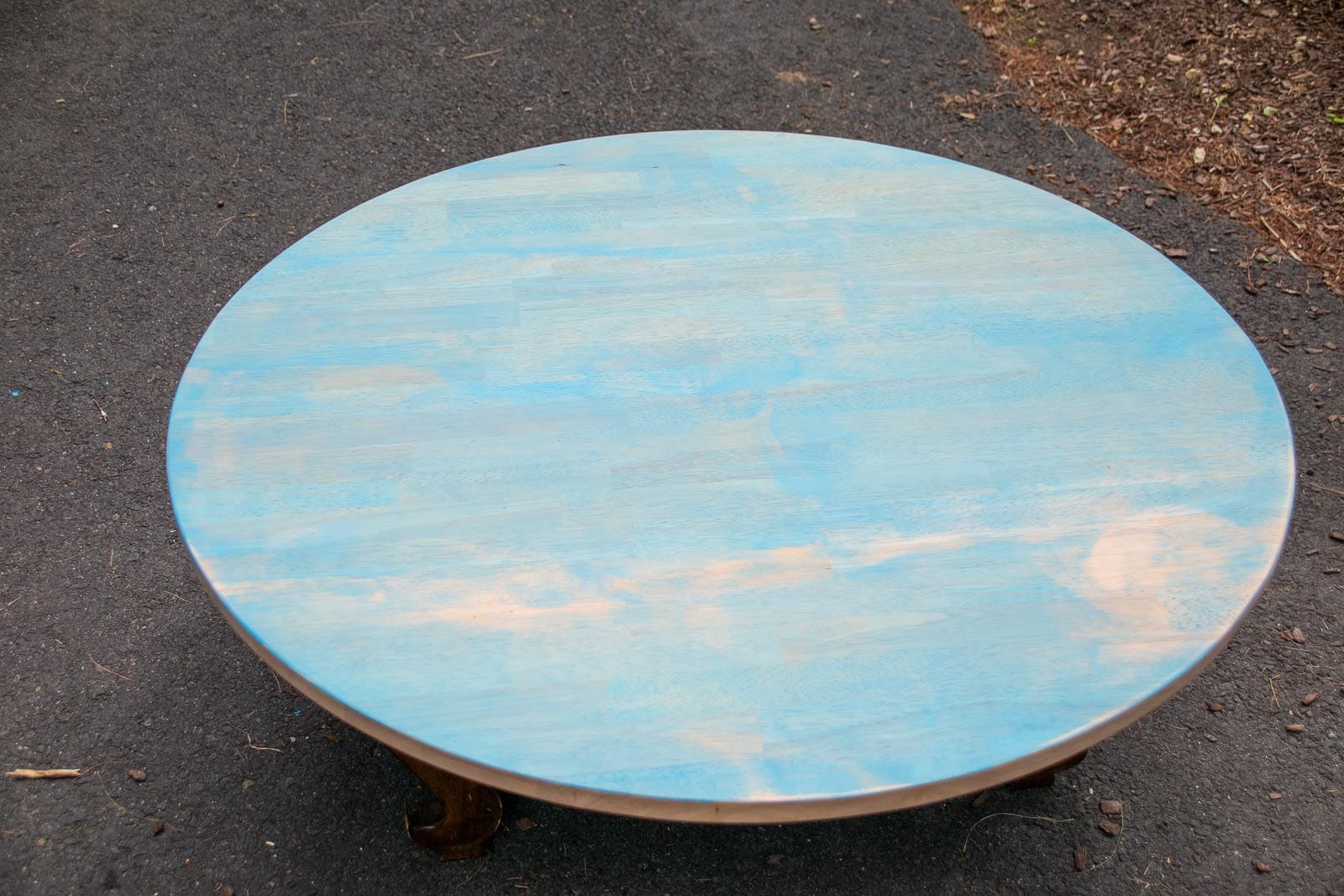 blotchy stain on table top